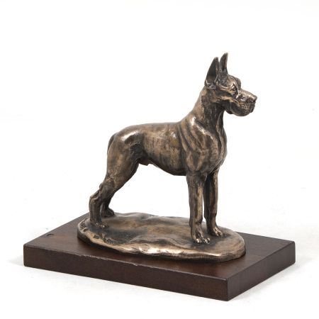 Great Dane statue on wooden base
