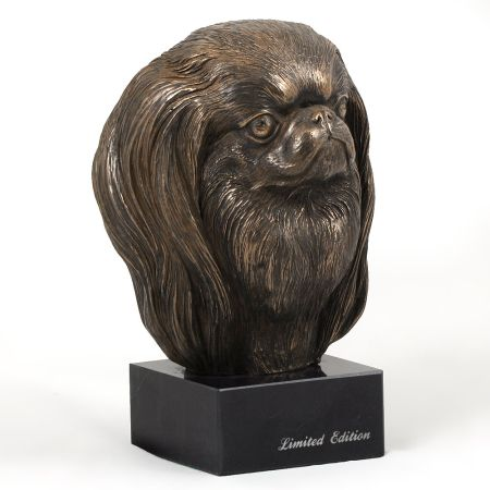 Japanese Chin statue on marble base